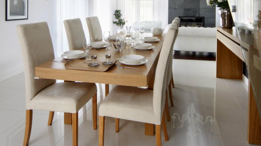 Mesas de comedor minimalistas for Sillas de comedor modernas